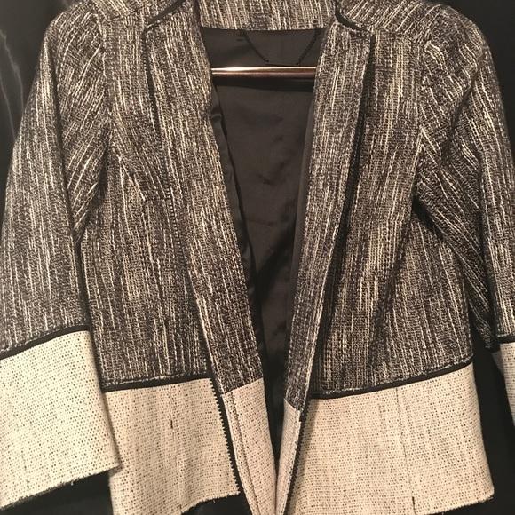 Elie Tahari Jackets & Blazers - Elie Tahari zip jacket